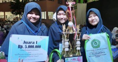 Mahasiswi FDIK berhasil meraih juara 1 Musabaqah Syarhil Quran
